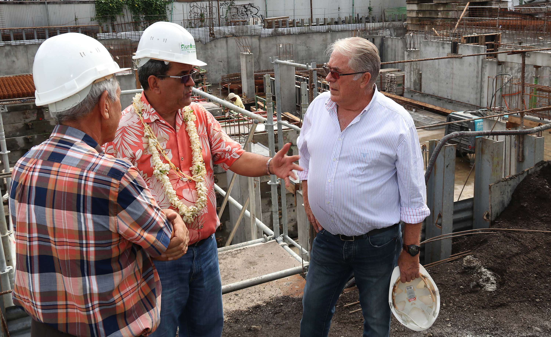 Le président Fritch visite trois chantiers en cours à Papeete et Pirae