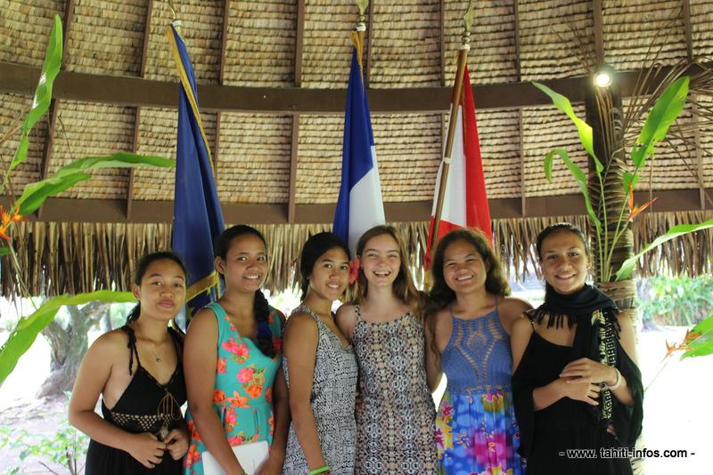 Les collégiennes de Anne-Marie Javouhey à Uturoa.