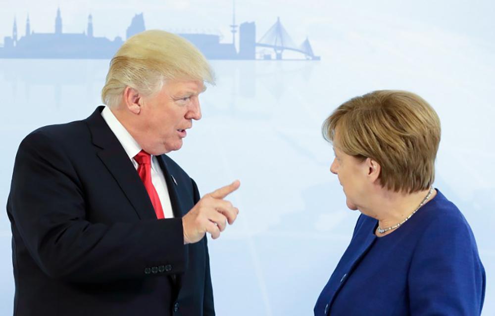 Arrivée de Donald Trump à Hambourg pour un G20 sous tension