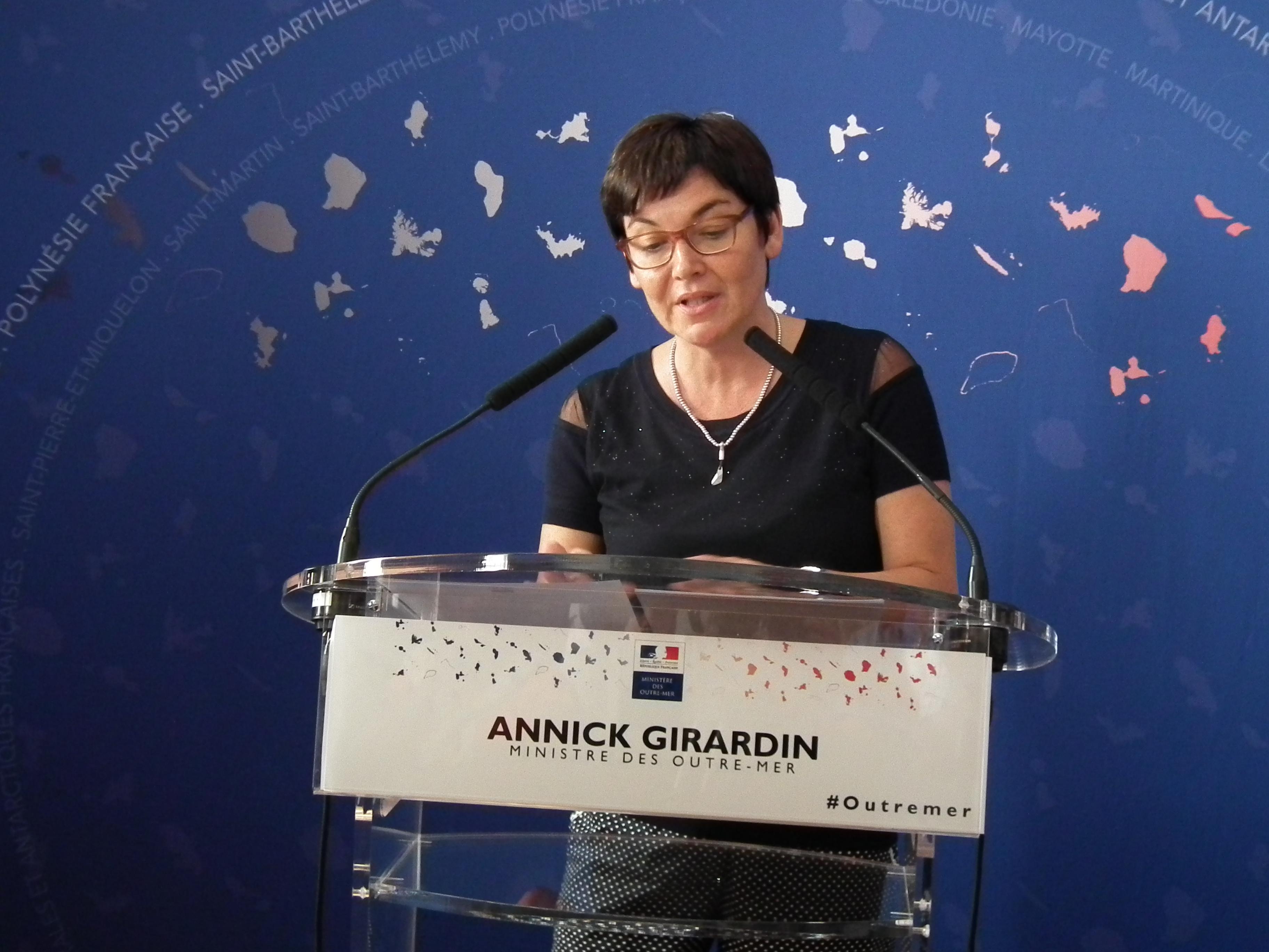 """Annick Girardin veut être """"le porte-voix des territoires éloignés"""""""