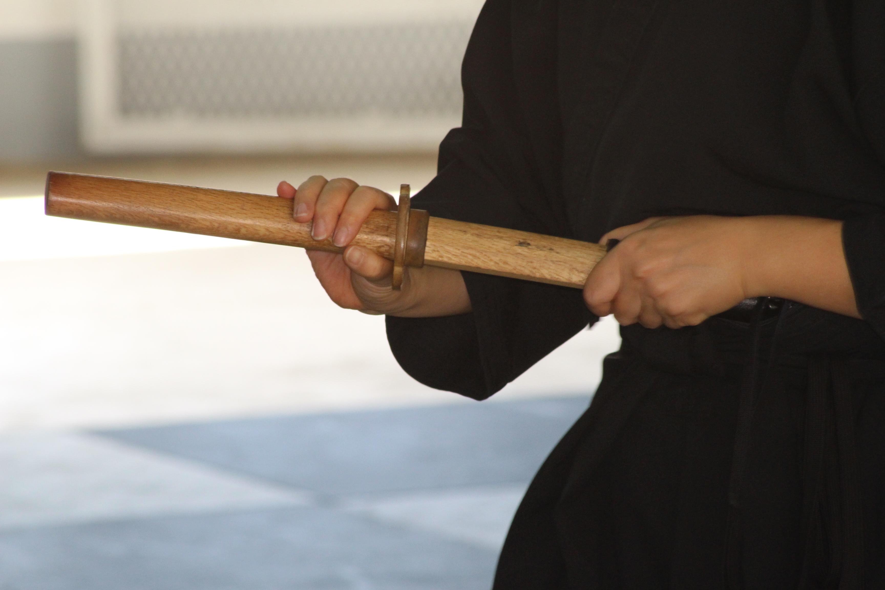 La pratique du iaidō reste confidentielle au fenua