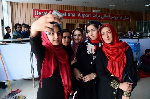 De jeunes scientifiques afghanes aux Etats-Unis pour un concours de robotique