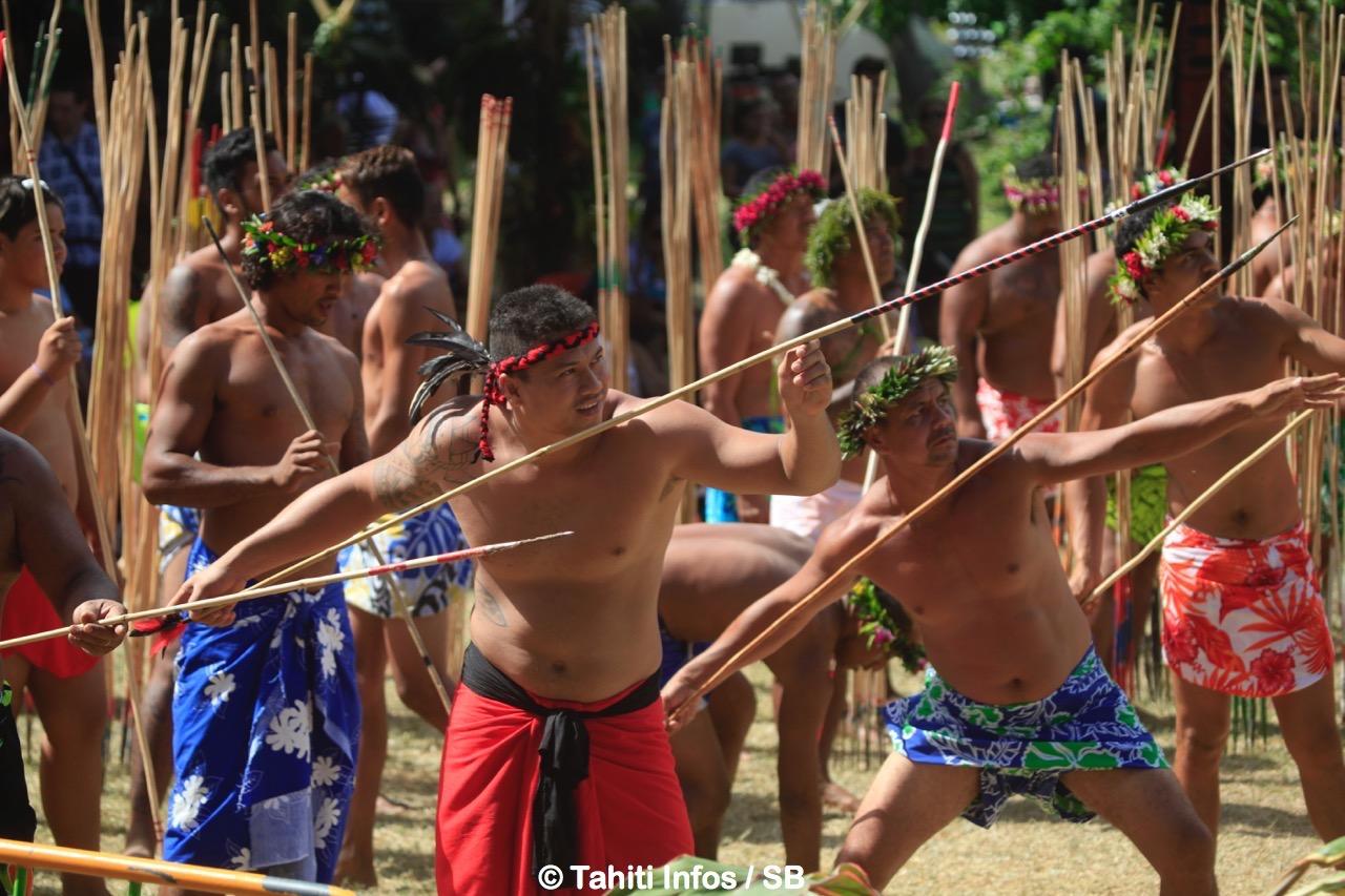 Le lancer de javelot, discipline de prédilection des tuamotu