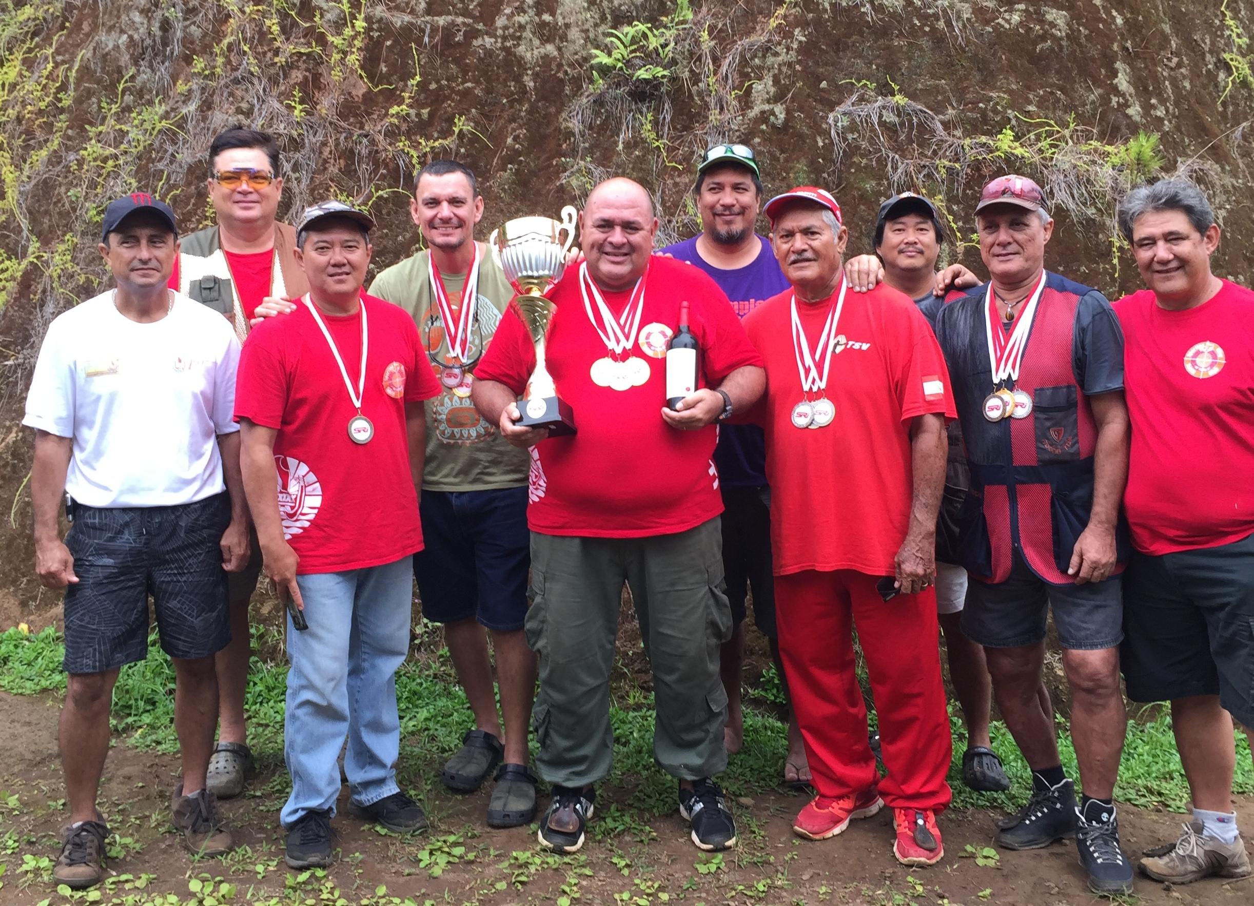 Les trois meilleurs tireurs de Polynésie, Francis Sanford, Teiki Nanai et Tuana Degage se préparent pour le championnat du monde de Ball-trap qui aura lieu à Megève (Haute-Savoie) le mois prochain.