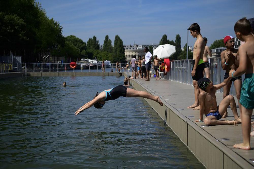 Plus d'un Français sur sept ne sait pas nager