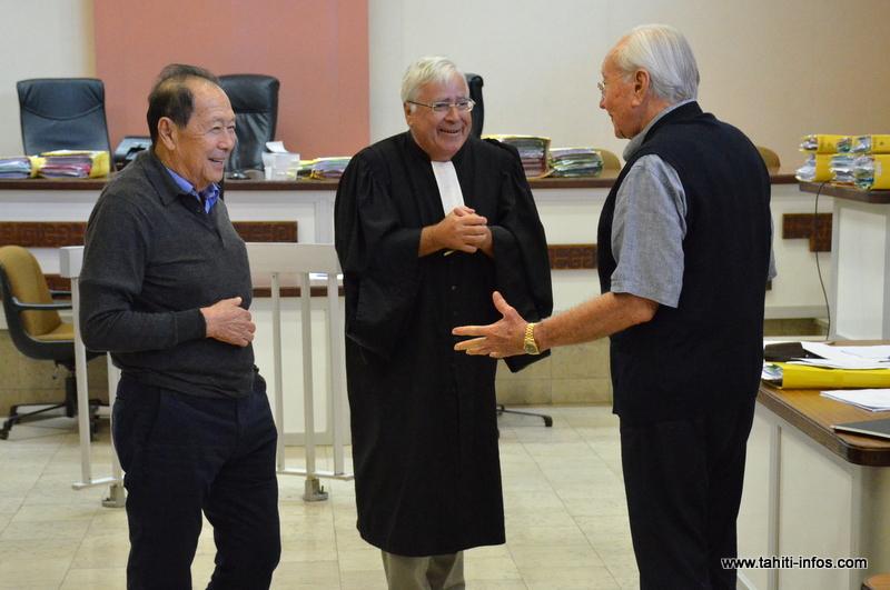 Robert Wan, Gaston Flosse et leur avocat Me Quinquis à l'audience de la cour d'appel en juin 2016. (Archives)