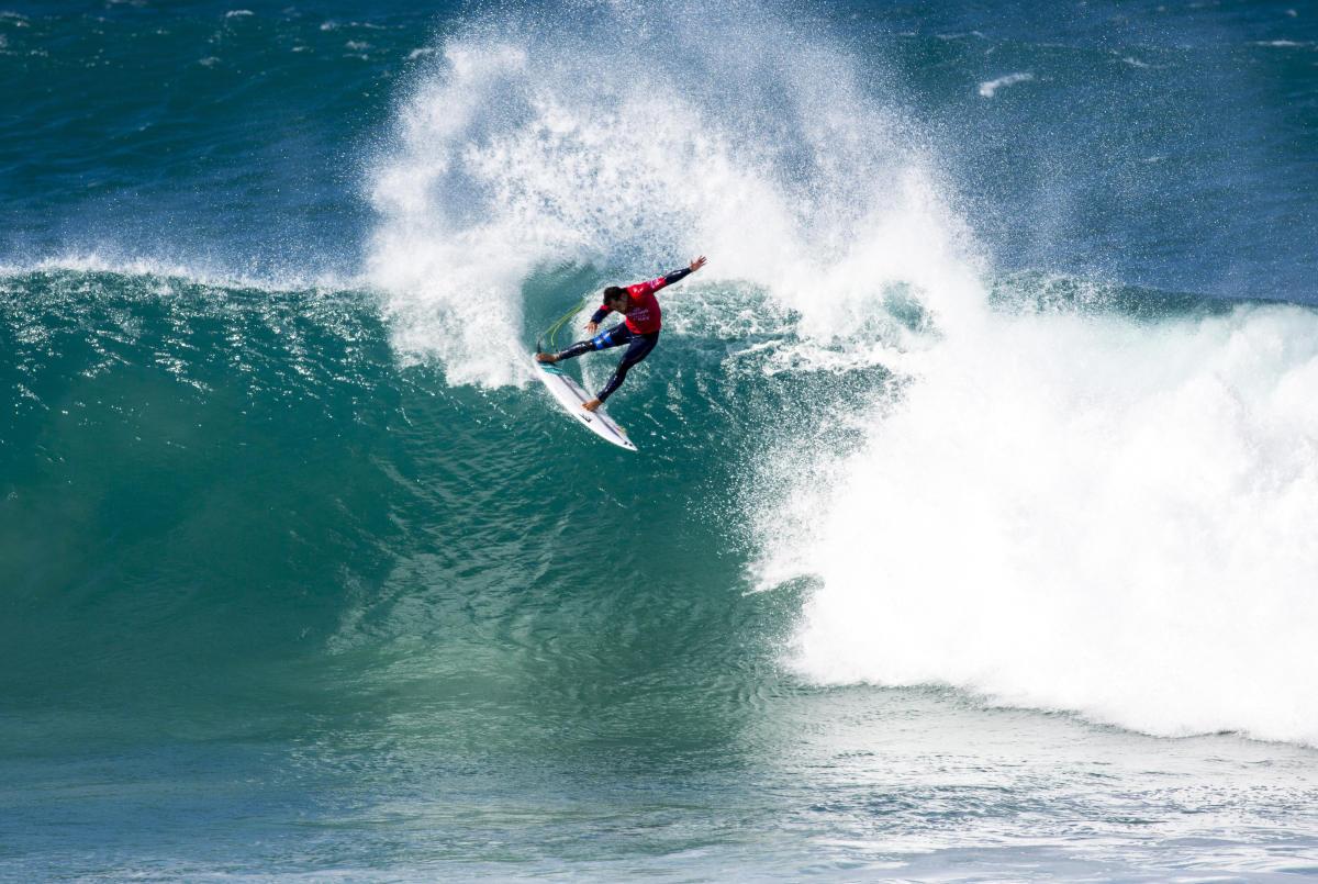 Michel Bourez a réussi son entrée en matière à J-Bay © /SL / PIERRE TOSTEE