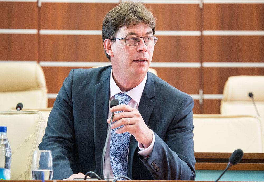 Thierry Santa (LR) réélu à la tête du Congrès de Nouvelle-Calédonie