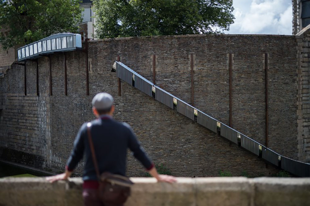 Un toboggan géant fermé temporairement en raison d'incidents à Nantes