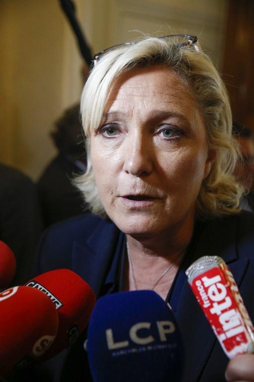 Le FN maintient l'objectif d'une sortie de l'euro mais la renvoie en fin d'un éventuel quinquennat