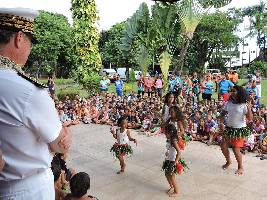 Une danse avait été préparée par les enfants en l'honneur de René Bidal.
