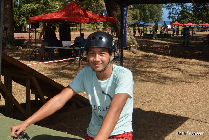 Les cyclistes font leur vélorution à Punaauia