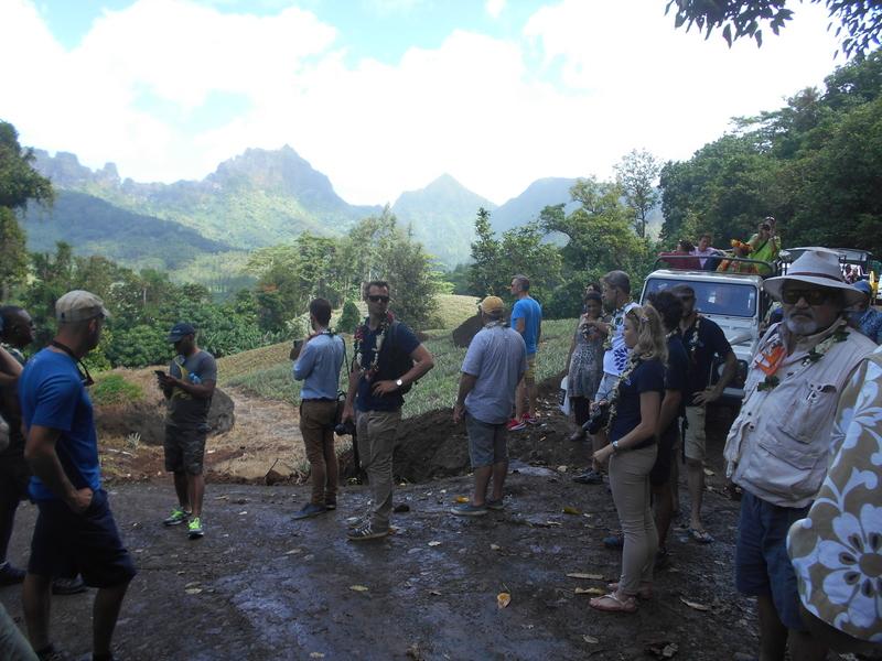 Visites de terrain à Moorea, dans le cadre des projets Resccue et Integre