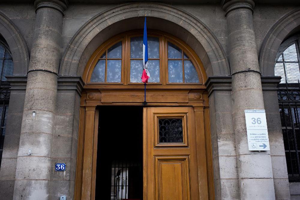 Paris: un commandant de police mis en examen et écroué