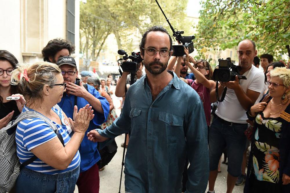 """Condamné à 4 mois de prison avec sursis pour aide aux migrants, Cédric Herrou """"continuera à se battre"""""""