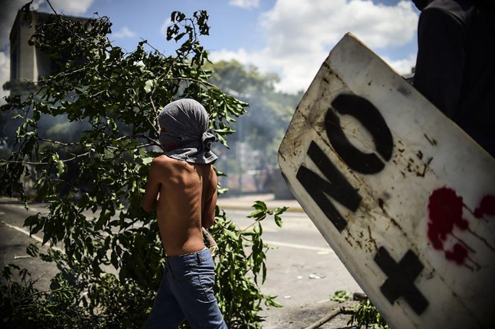 Le Venezuela condamné par 12 pays d'Amérique, l'ONU fustige le recours à la force