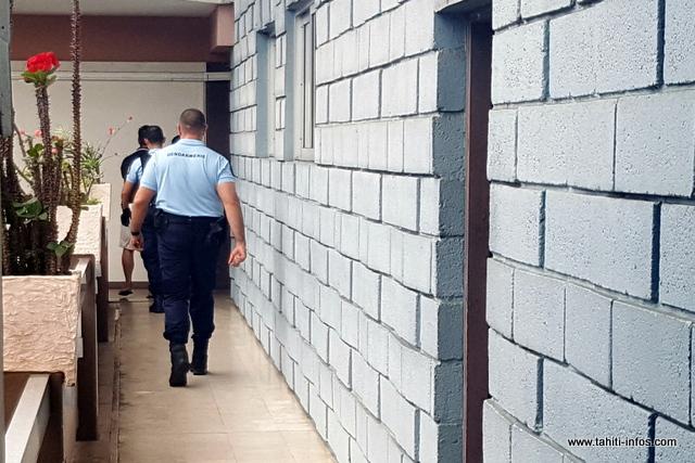 En détention provisoire depuis le 21 juillet, l'ex-dealer qui a du mal à tourner la page reste en prison.