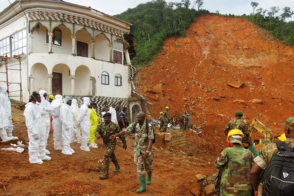 La Sierra Leone pleure ses morts, dont une centaine d'enfants, emportés par les inondations