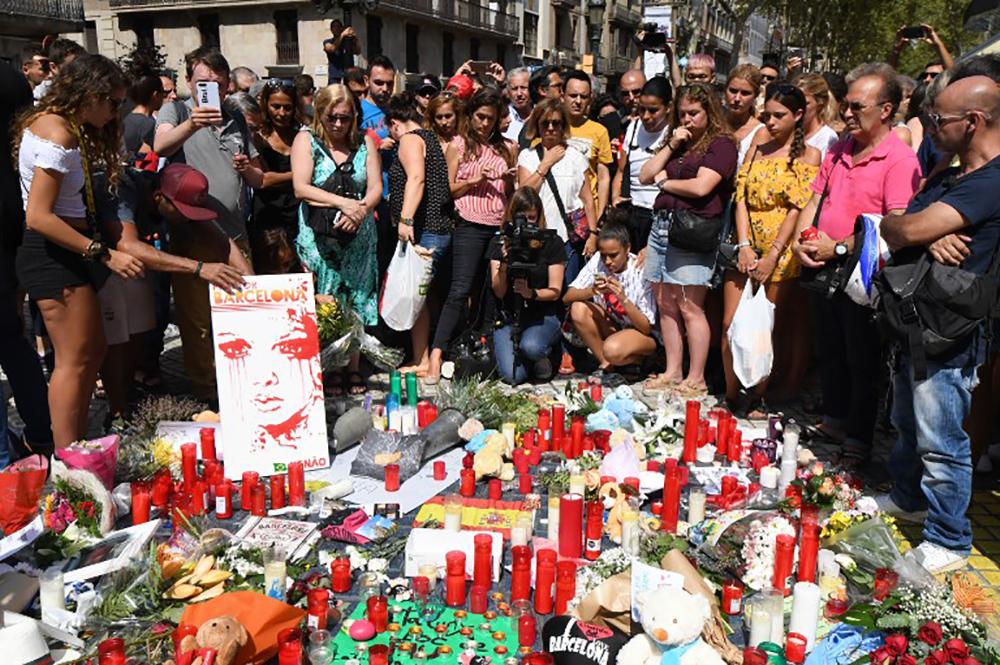 Chasse à l'homme après les attentats sanglants de Catalogne