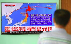 """""""Tir de missile. Abritez-vous"""": réveil brutal pour des millions de Japonais"""
