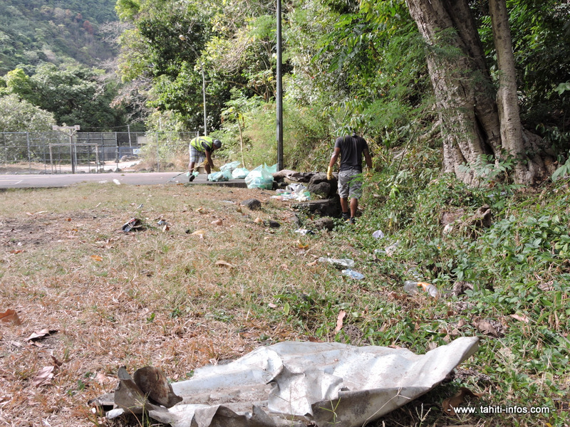 Les déchets étaient nombreux, ce mercredi, dans la vallée de Titioro.