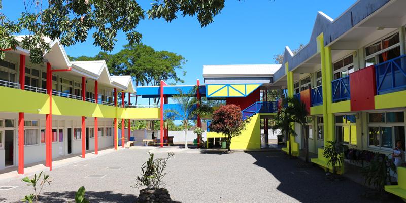 """Aujourd'hui, l'école dispose de """"deux nouvelles salles de classe, une salle informatique, une bibliothèque, une infirmerie…"""