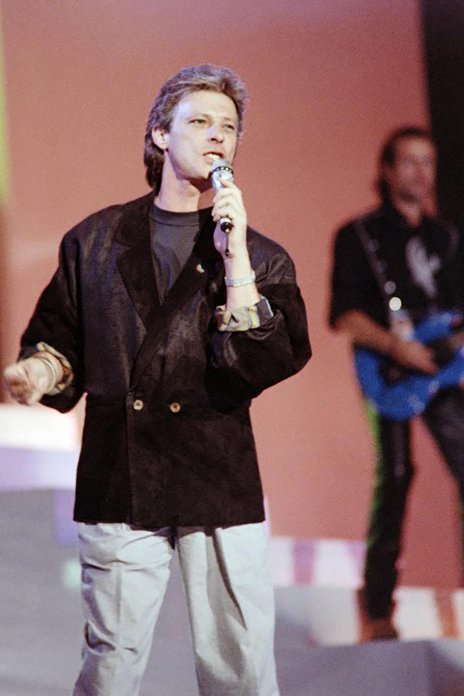 Le chanteur Herbert Léonard espère remonter sur scène, après 32 jours de coma