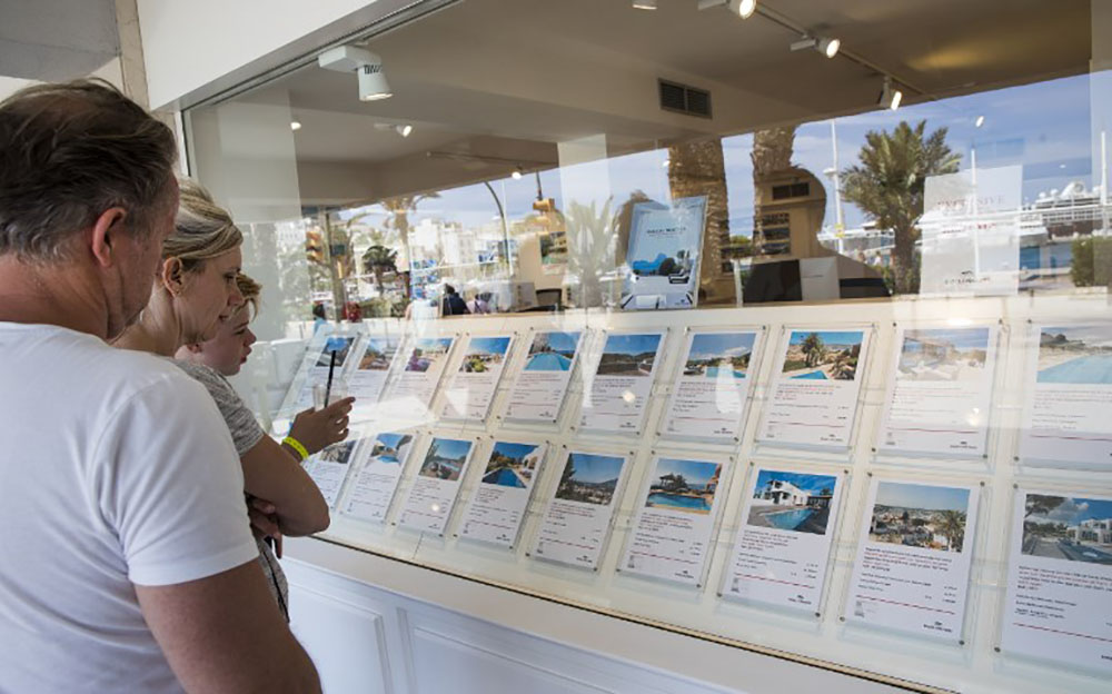 Bondée de touristes, Ibiza ne peut plus loger ses habitants