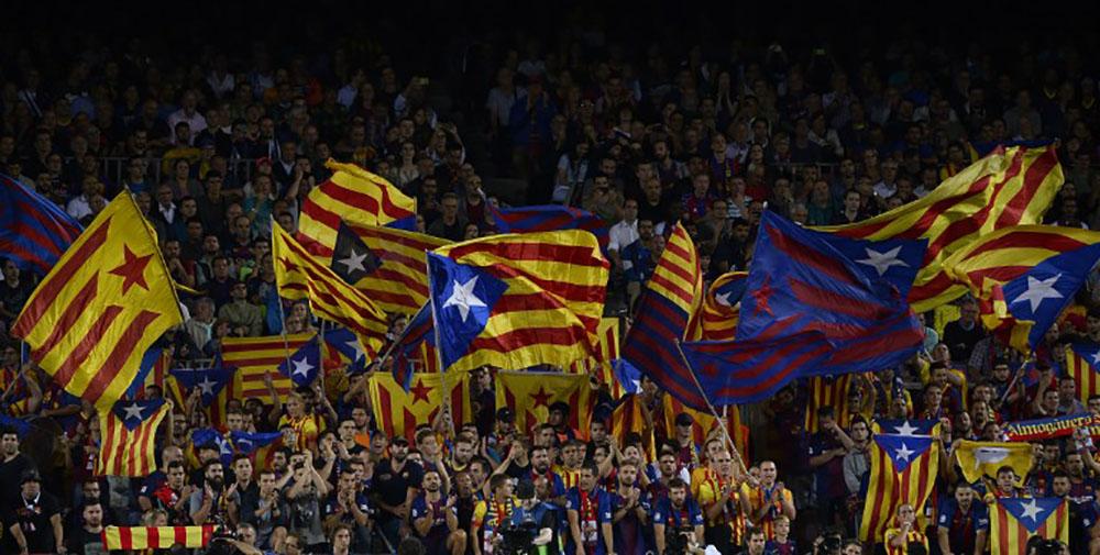 Référendum en Catalogne: 700 maires menacés de poursuites et d'arrestation