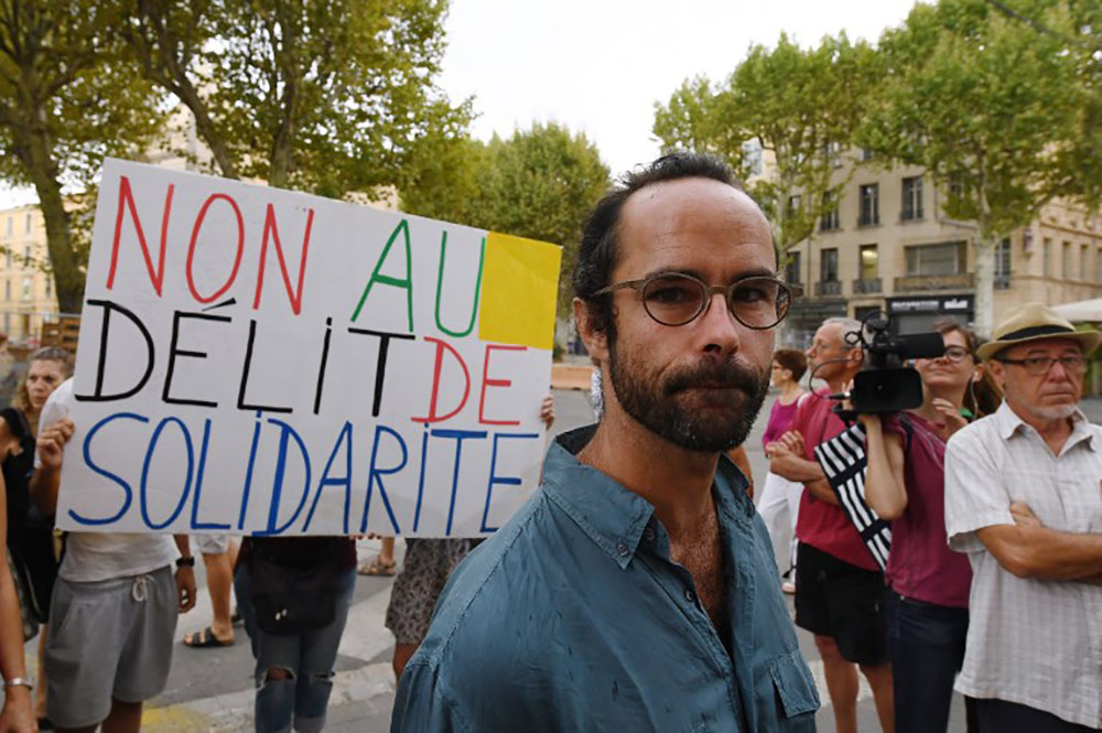Aide aux migrants: Cédric Herrou libéré sans être déféré au parquet