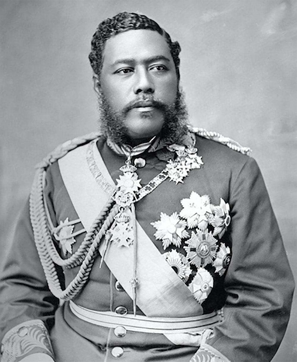 Portrait du roi Kalakaua, promoteur infatigable du renouveau culturel hawaiien et  du ukulele, qu'il associa aux chants anciens et au hula.
