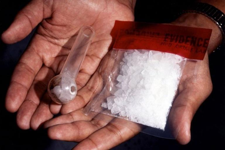 L'ancien huissier de Moorea placé en détention pour trafic d'ice