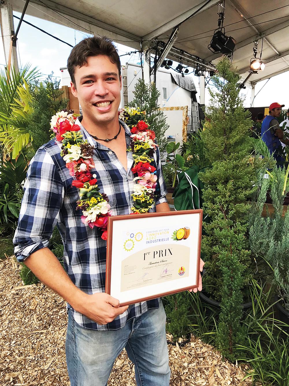 Tamatoa Chaze, premier prix du concours 2017 pour l'innovation agro-industrielle.