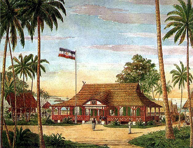 Kokopo, en 1914, dans l'île de la Nouvelle-Bretagne : la bourgade, appelée Herberthöhe, était alors la capitale de la province allemande de la Nouvelle Poméranie 6  (Facultatif) Une vieille carte postale allemande montrant le bâtiment dans la partie nord de la Nouvelle-Guinée où la reddition allemande fut signée dès le début de la guerre.