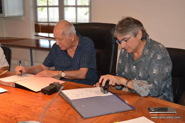 Une convention a été signée vendredi matin, entre le maire de Paea et le directeur général de la société JL Polynésie, attributaire du marché.