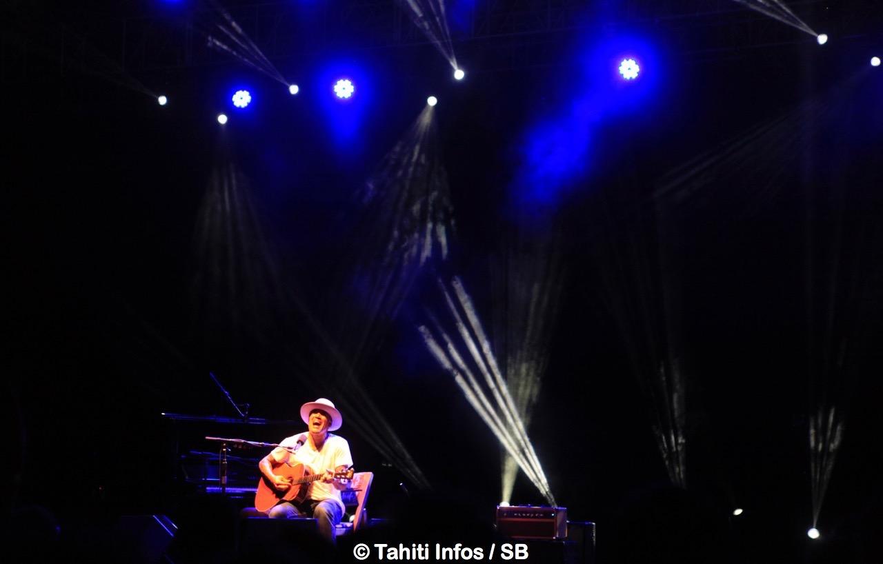 Ben Harper a joué de plusieurs instruments à la perfection