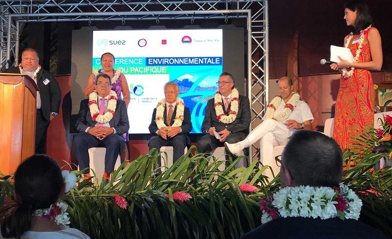 Les officiels étaient présents à la conférence pour discuter avec leurs voisins du Pacifique et les experts de nos problèmes environnementaux. (crédit : Présidence)