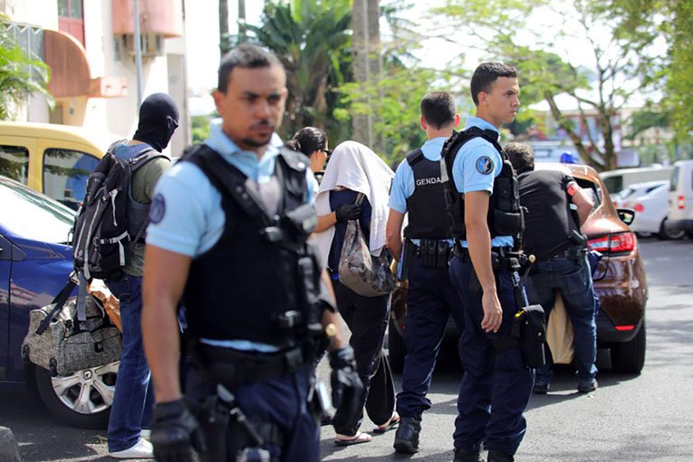 La Réunion: un homme placé en détention pour apologie du terrorisme