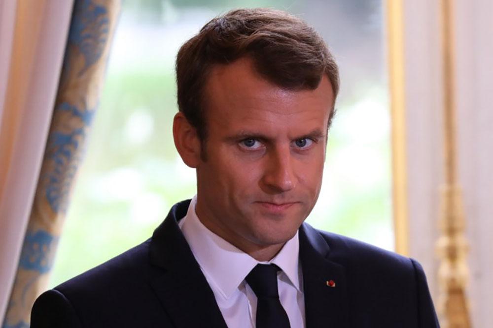 """""""Bordel"""": réactions outrées après la sortie de Macron"""