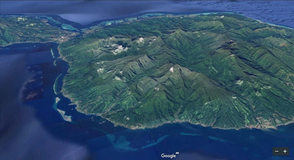 Vue aérienne de Tirei, commune associée de Hitiaa o te Ra sur la côte Est