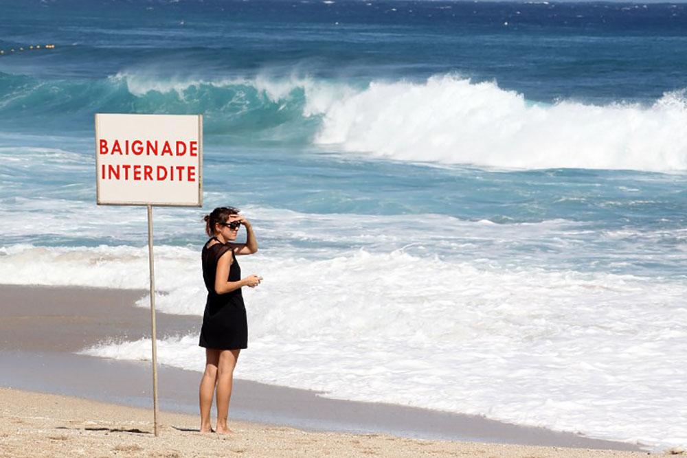 """Crise requin à La Réunion: """"Redonner l'accès à la mer en toute sécurité"""" est """"la priorité"""""""