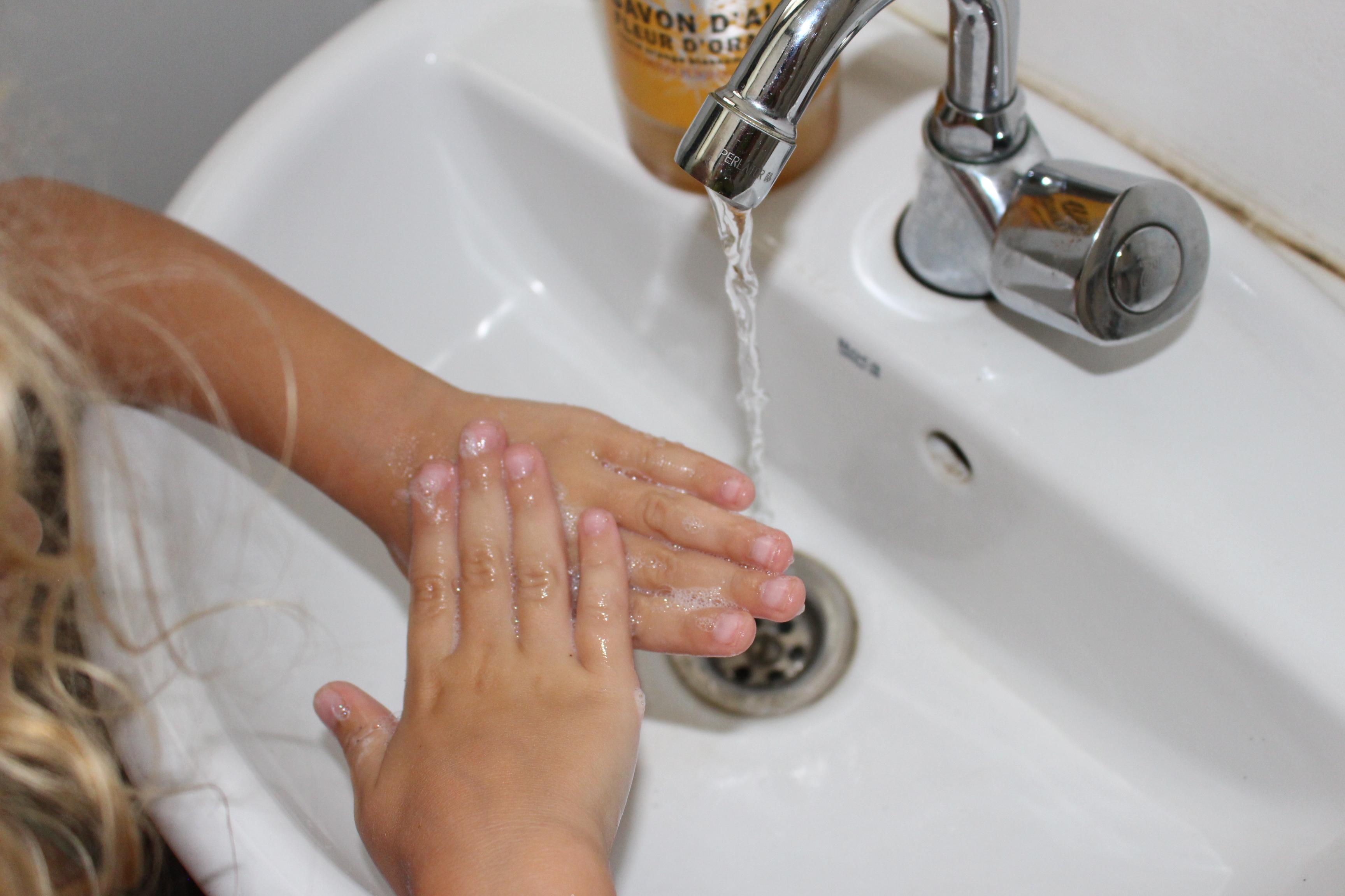 Page enfant : La bonne technique pour se laver les mains