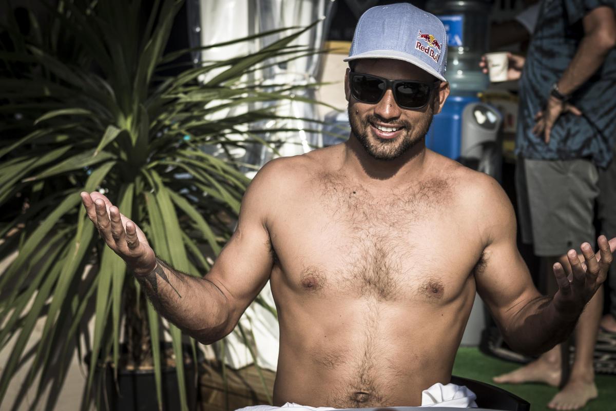 Michel Bourez, légende vivante du surf tahitien © WSL// DAMIEN POULLENOT