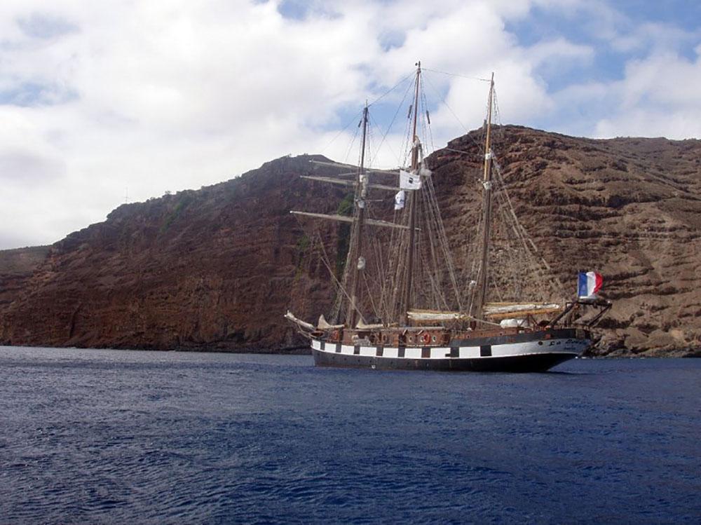 L'île de Sainte-Hélène enfin desservie par un 1er vol commercial