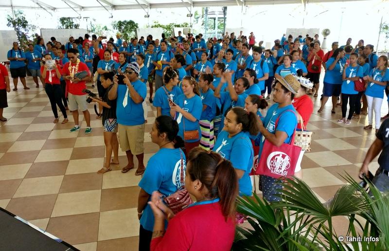 Après une matinée à démarcher sous la pluie, les 200 participants ont échangé les offres collectées et ont déjeuné ensemble.
