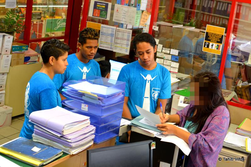 Cette entreprise de Fare Ute qui gère cinq commerces à Tahiti a reçu l'équipe de trois jeunes. Elle avait des stages à proposer, que l'équipe a récupéré pour les partager avec l'ensemble des 200 participants.