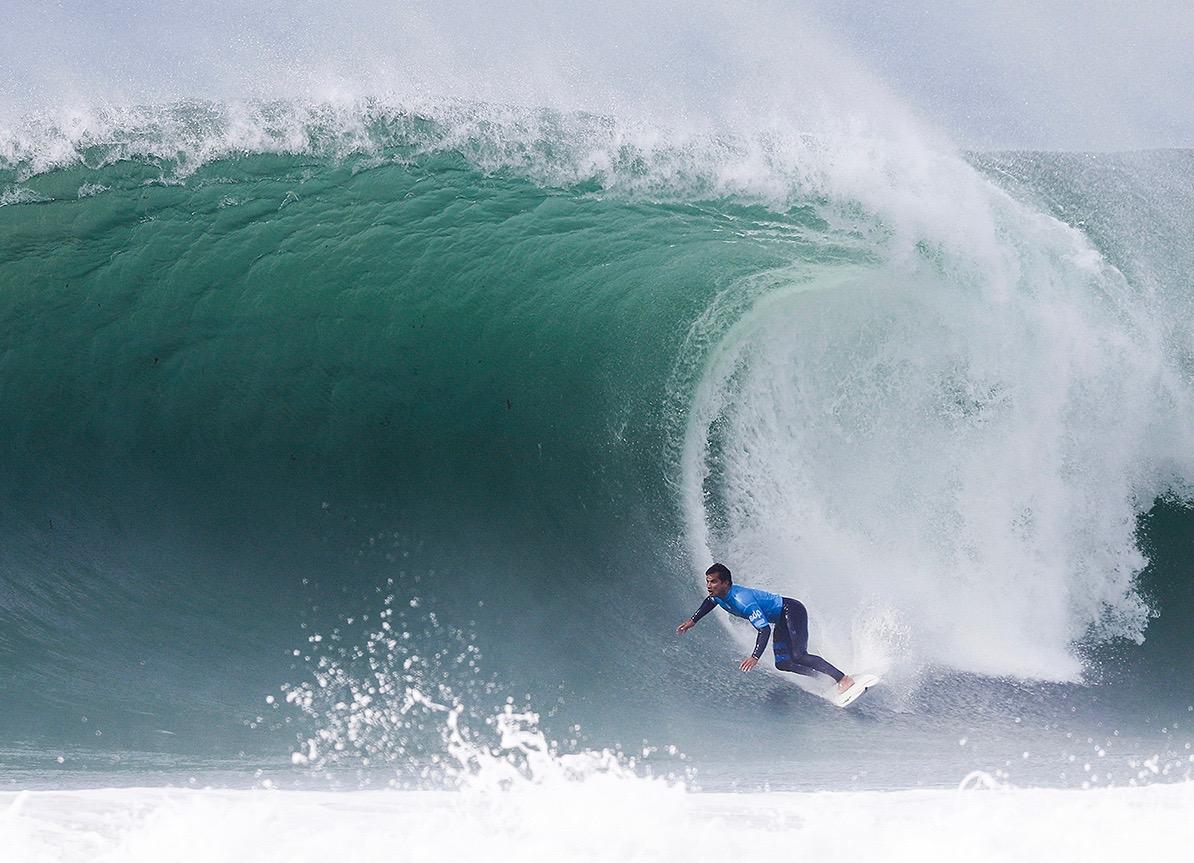 Michel Bourez en a mis plein les yeux au public portugais © Laurent Masurel WSL