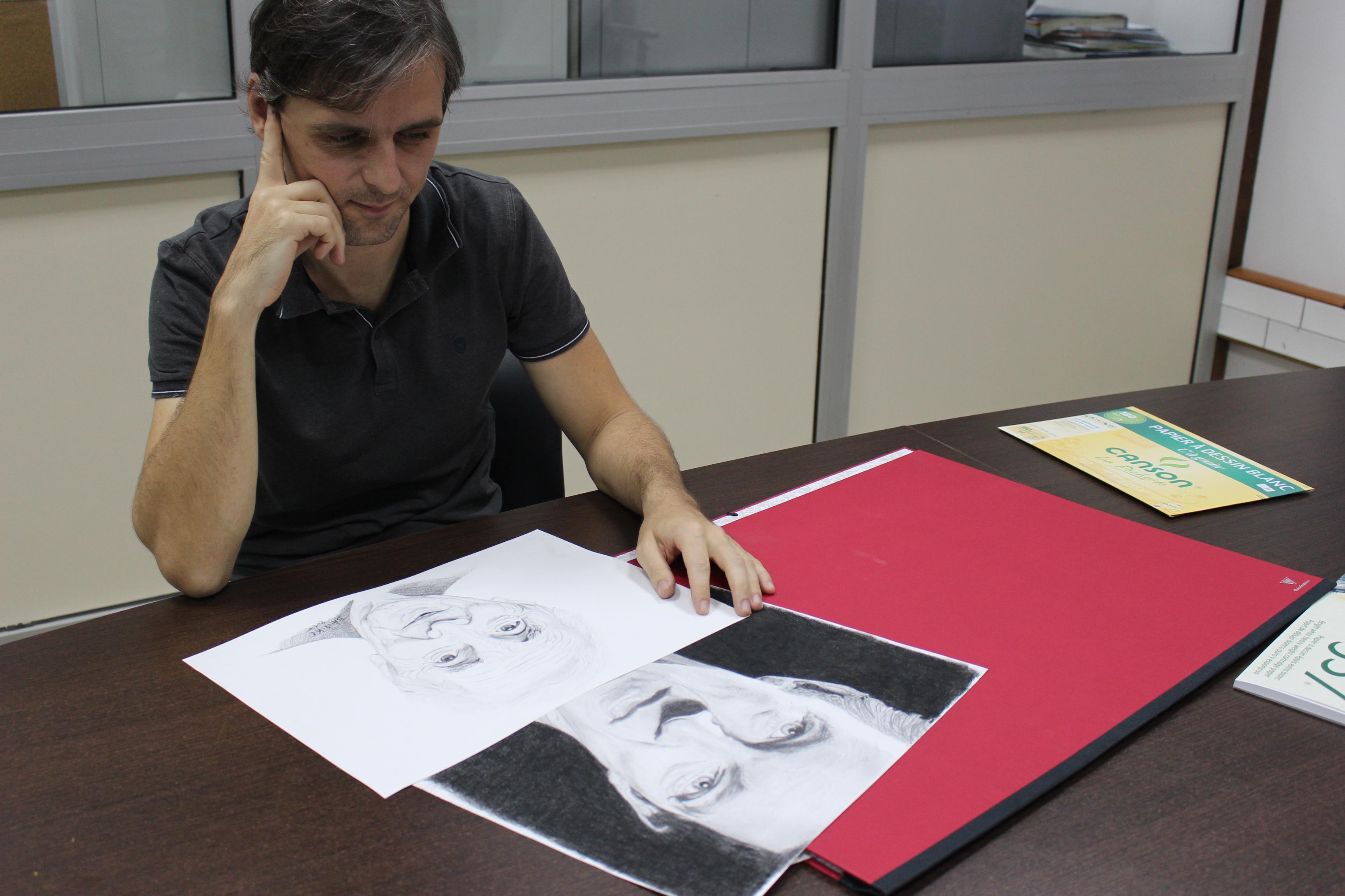 Portraitiste, Mike fait le buzz après quelques semaines de pratique