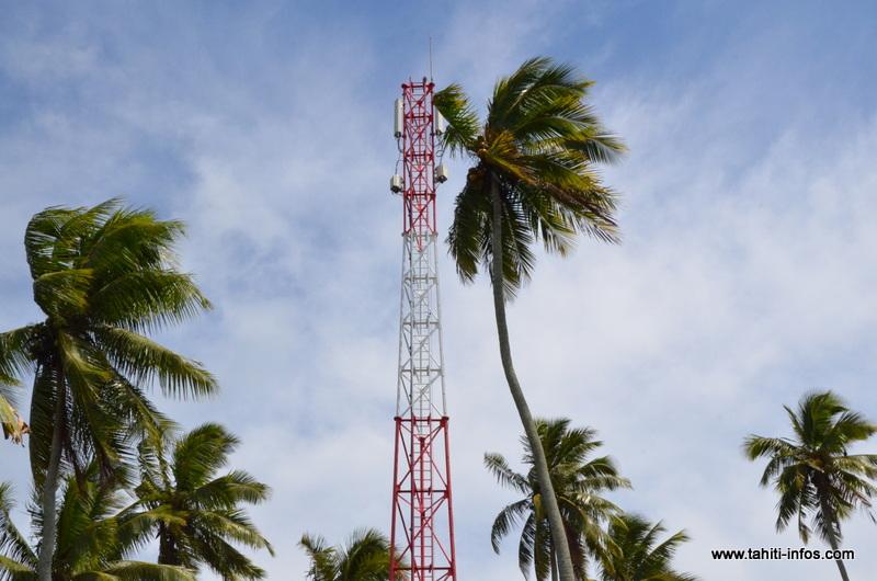 """Téléphonie mobile : Edouard Fritch """"pour la concurrence, mais..."""""""