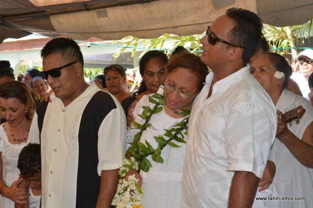 À Linda, son épouse, leurs deux fils Ueva et Tehei, leurs compagnes et leurs enfants, la rédaction de Tahiti Infos vous adresse ses sincères condoléances.